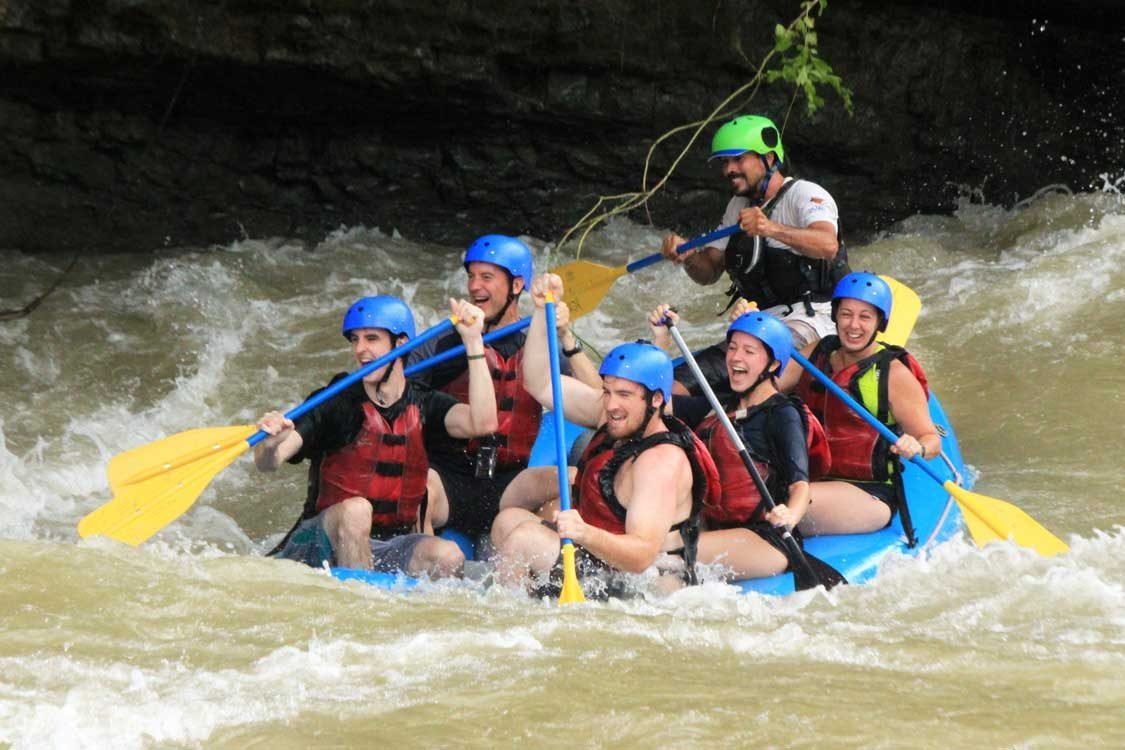River rafting experience while on Costa Rica adventure vacation.