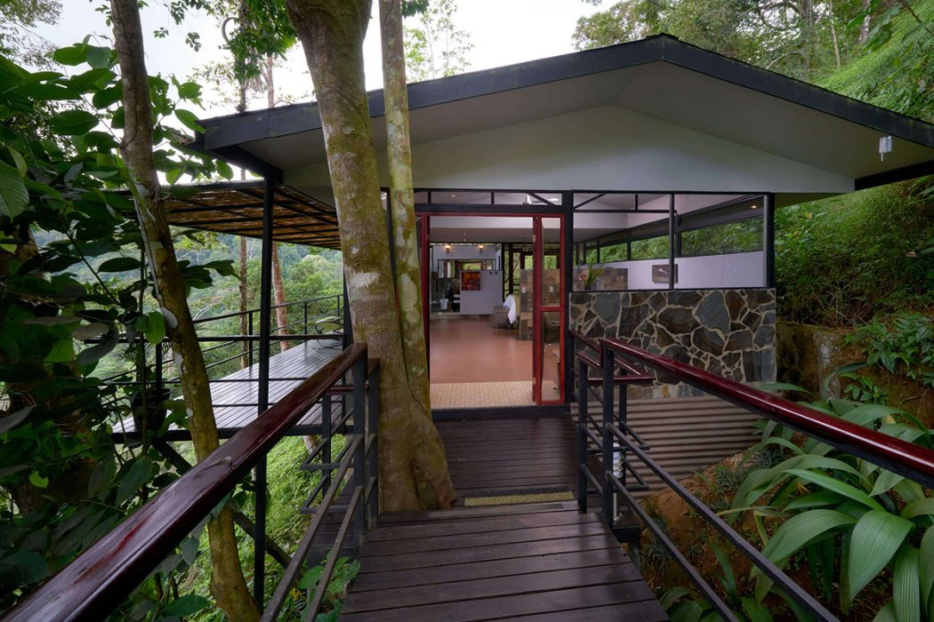 Entrances like this make RP the best treehouse hotel costa rica