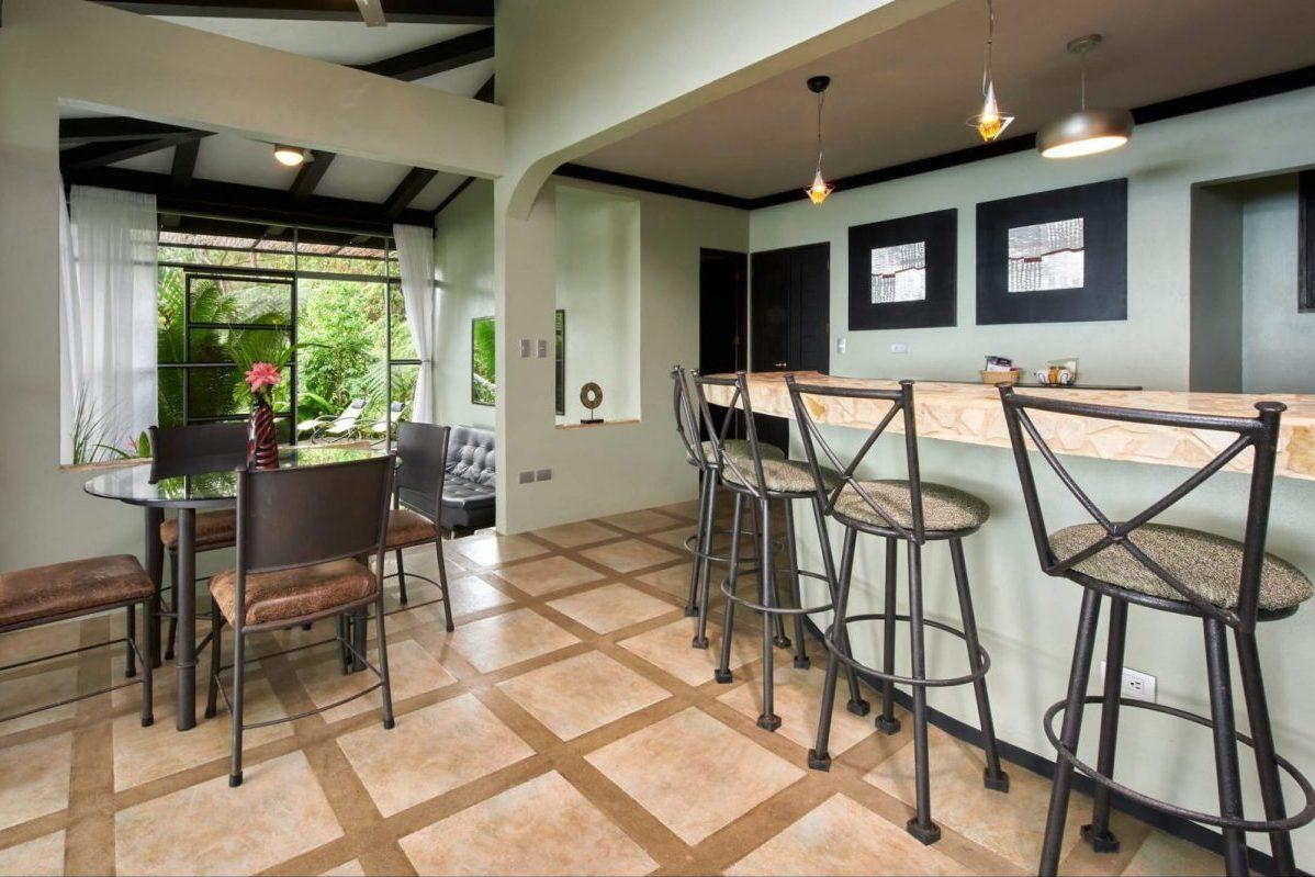 Dining area in the Costa Rica luxury Villa Tropical.
