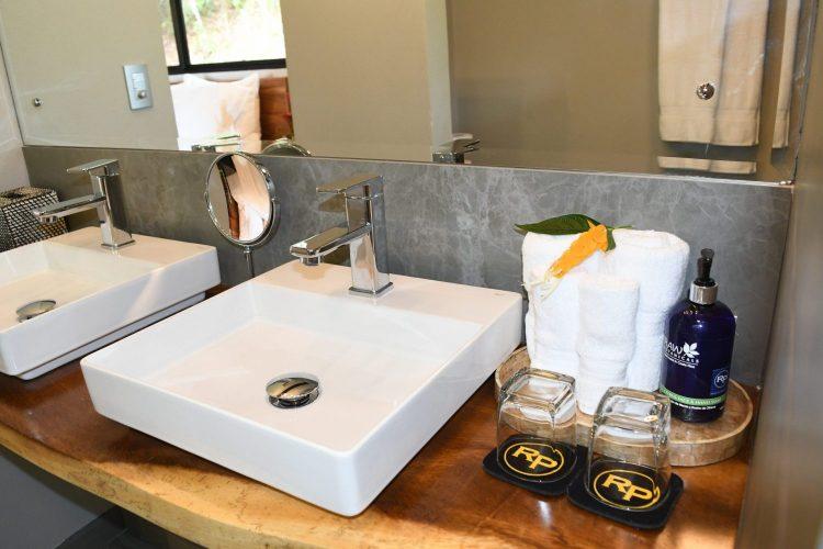 Villa Tropical Bathroom at Rancho Pacifico